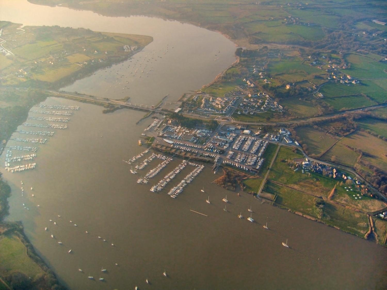 vue aérienne du barrage d'Arzal sur la Vilaine