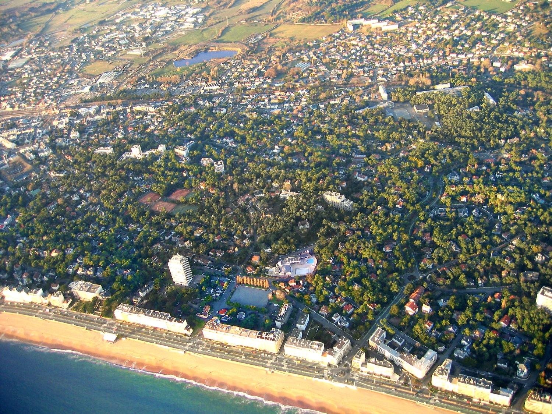 Vue aerienne en grand format de la plage de La Baule
