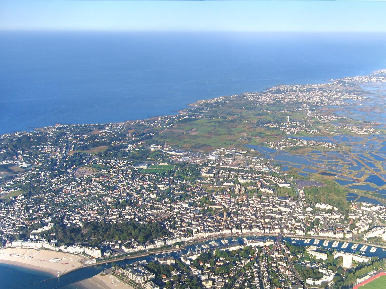 Vue aérienne du Pouliguen et de Batz-sur-mer