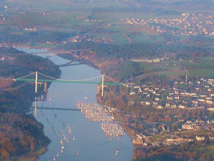 vue aérienne de La Roche-Bernard sur la Vilaine